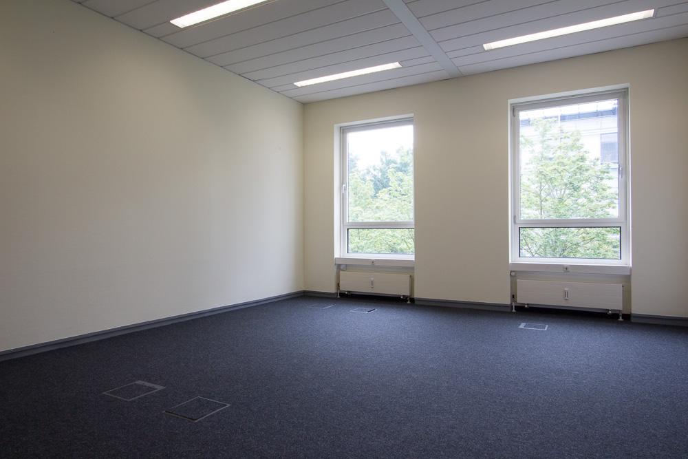 office staging konferenzraum m nchner home staging agentur. Black Bedroom Furniture Sets. Home Design Ideas